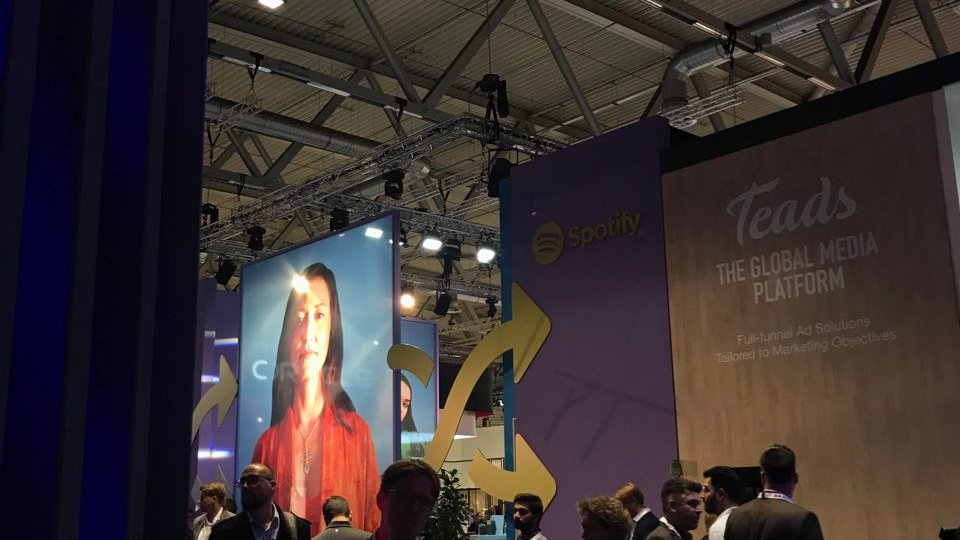 Aclewe bei dmexco 2019 Charlotte Roche Spotify Messestand