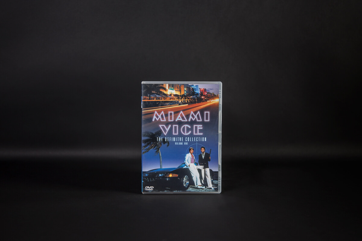 Aclewe Christmas Guide Miami Vice DVD